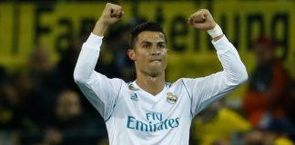 Tras la victoria del Real Madrid ante el Borussia Dortmund, Cristiano Ronaldo ha concedido una entrevista donde habla de su renovación, entre otras cosas. Sin duda es una apuesta fundamental tenerle contento.